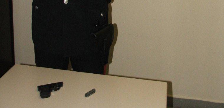 Arriva l 39 ufficiale giudiziario 48enne minaccia il - Ufficiale giudiziario pignoramento ...