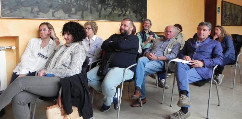 Alcuni docenti e dirigenti presenti alla conferenza