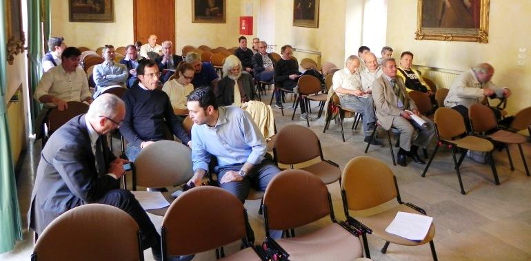 Alcuni dei presenti all'assemblea