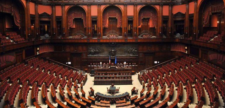 Santanch rauti comaroli volpi e per la lega entra for Camera del senato e dei deputati